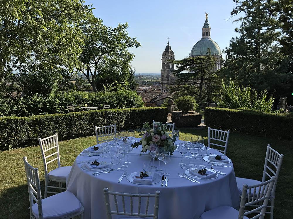 pranzo Rocca Lonato ©Movida Wedding